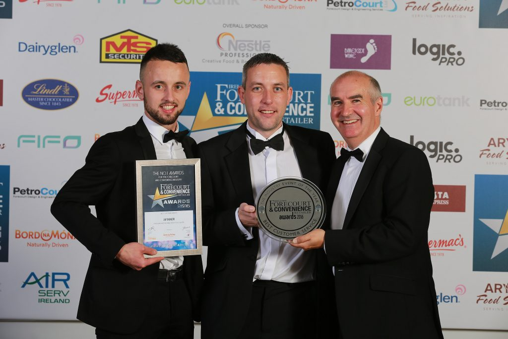Lee Quin and Stephen Wilton from Eurospar Knockchree are pictured with their award with Eddie Scaife from category sponsor Bord na Mona Fuels
