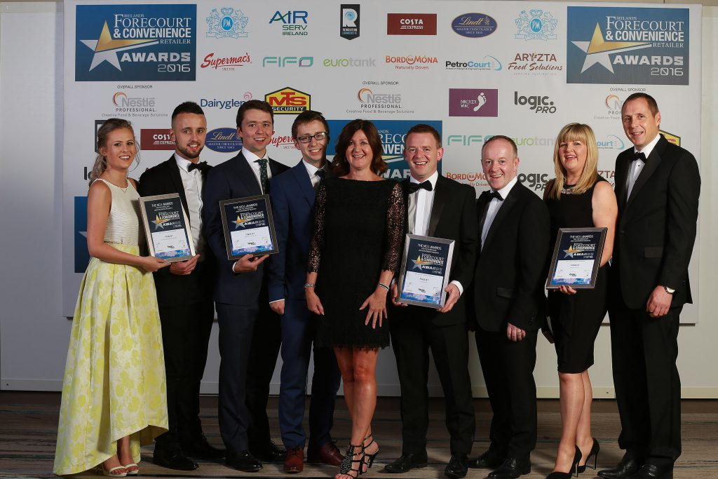 Pictured with their finalists' certificates are Laura O'Hara and Lee Quinn of Eurospar, Mayobridge; Kevin and Shane Doherty, Doherty's Topaz, Muff; Elaine Joyce, category sponsor, JTI Ireland; Brendan and Ray Lee, Lee's Centra, Charleville and Antoinette and Gearoid Walsh, Walsh's Centra, Galway