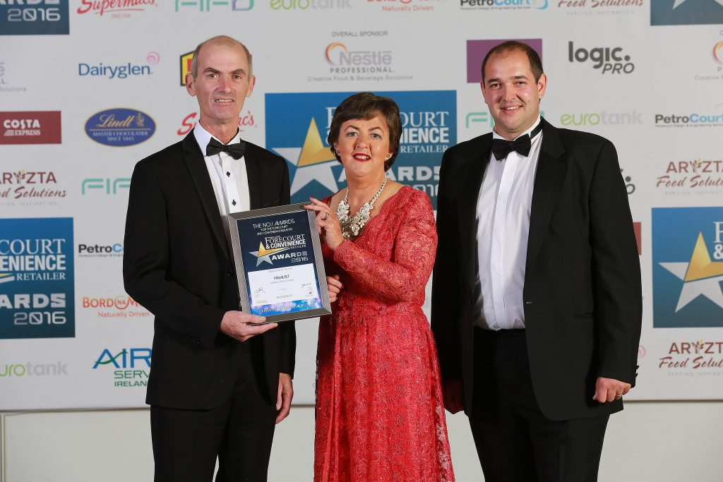 Pictured with their finalists' certificates are John Quinn and Edel O'Brien, O'Brien's Service Station, Co. Westmeath with category sponsor, John Jackson, Eurotank Ireland