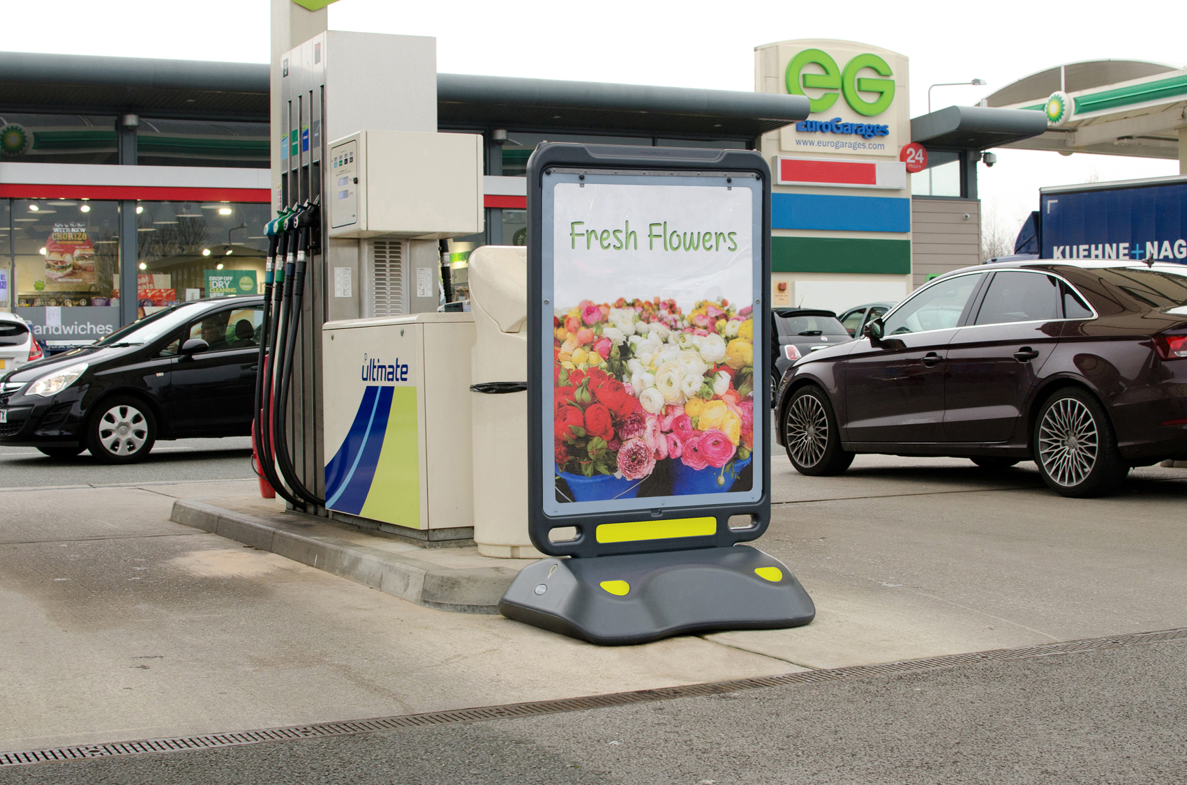 Let Glasdon help you utilise your forecourt to its full potential