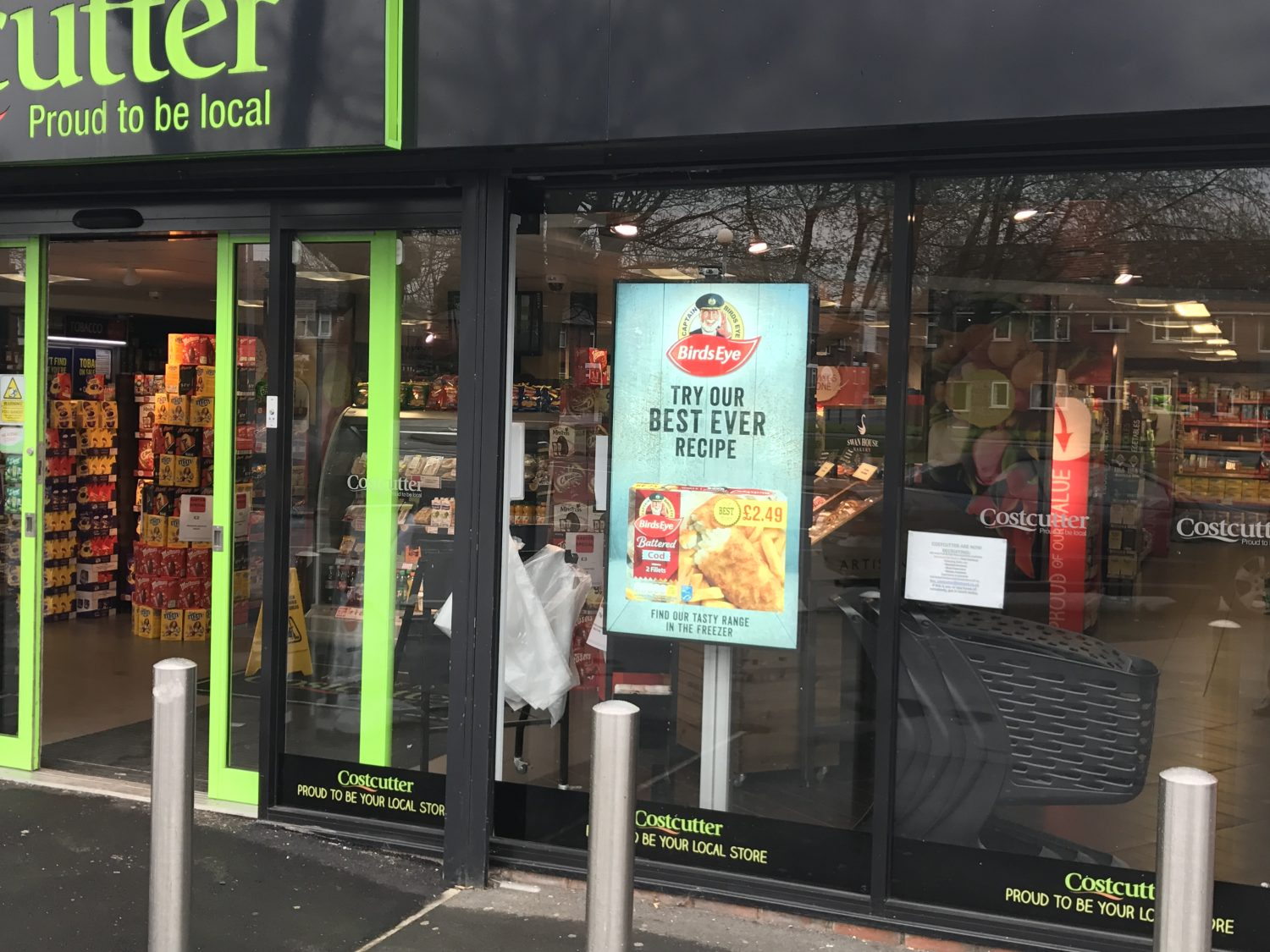 Front of store screens deliver 15% sales uplift