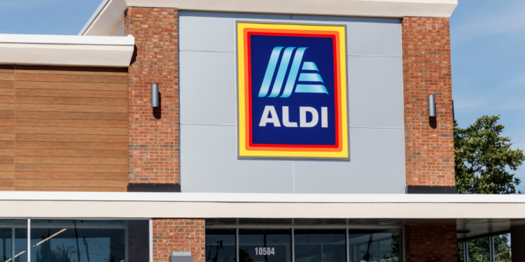 A retail first: Aldi to remove black plastics from its stores