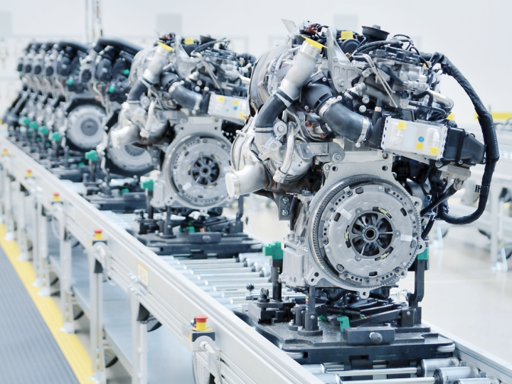 UK engine production dropped by more than 20% in August